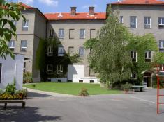 Škola do roku 2008